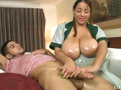Amateur dude got his dick pleasured wits big natural tits maid