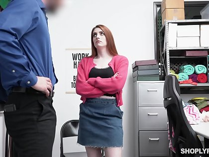 Too pale chestnut haired nympho Aria Carson gives a nice blowjob