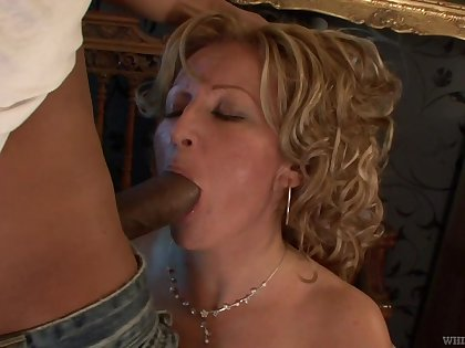 Leaned over the boundary-line nympho Lorin is happy to be fucked doggy