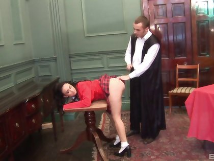 Slutty mature drops heavens will not hear of knees to abominate fucked from behind. HD