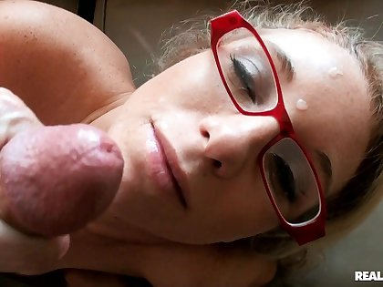 Nerdy babe loves a warm facial after such lustful POV