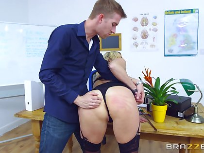 Young lover gets resemble straight away making MILF Brittany Bardot his bitch