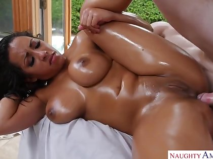 Exotic Body Massage With Busty Indian Belle Priya Entrust