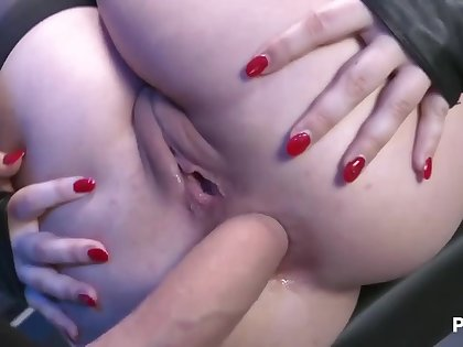 Angel gets fucked in ass - anal hardcore with brunette model